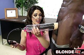 Business Woman Sarah Shevon Sucking Black hard long Cock
