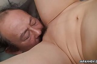 Filthy cheating hot wife getting her pussy eaten by the dude
