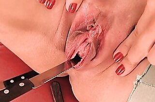 Peehole Fuck Gaping! Knife Forks Werid Pussy Insertion!