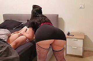 Big Ass Sexy Nurse treats patient bang with Corona Virus