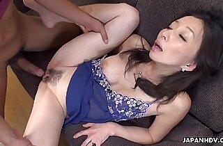Mature slut gobbling on a pecker like a sex fiend