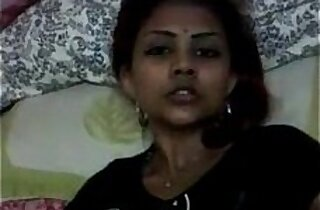 Tamil Girl Fingers Pussy