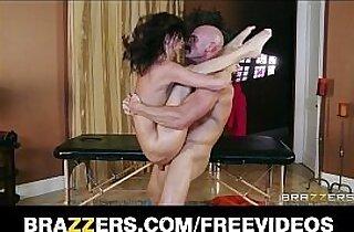 Cute teen Kaite Jordan gets a sensual massage