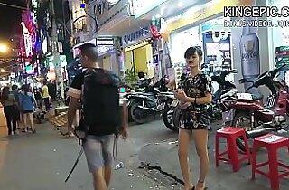 North Korean Defector Picking Up Thai Girls! Hidden Camera